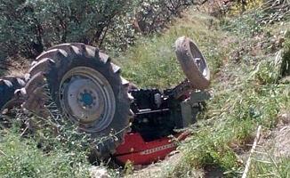 2 traktör kazası; 1 ölü, 3 yaralı