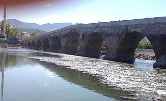 Tarihi köprüde son durum