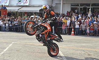 Motosiklet festivaline katılım