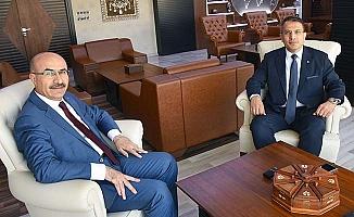 Adana'da göreve başladı