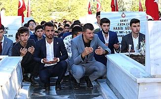 500 bozkurtla şehitlere dua