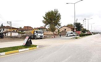 Farabi Caddesi 30 metreye çıkıyor