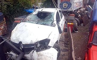 Gelinlerini götürürken kazada öldüler