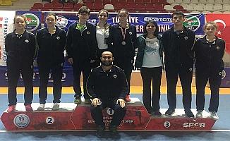 Mesut Kuşgöz'ün sporcuları İstanbul'u salladı