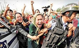 Doğu Türkistan zulüm altında!