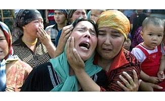Doğu Türkistan'da dram sürüyor