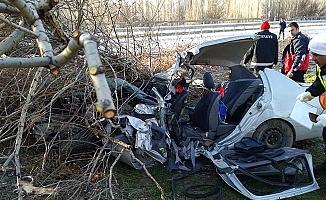 Kazada yaralanan 2 kişi hayatını kaybetti