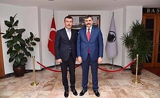 Vali Balcı'yı kutladı