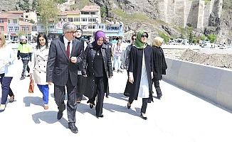 Vali'nin eşi Osmancık'ta