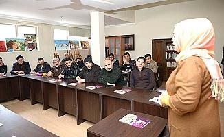850 mülteci Türkçe öğrendi