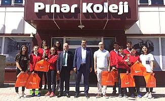Murat Hoca şampiyonları ödüllendirdi