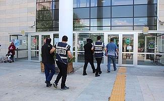 8 ilde dolandırıcılığa 2 tutuklama