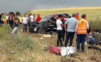 Araç tarlaya uçtu, 7 yaralı