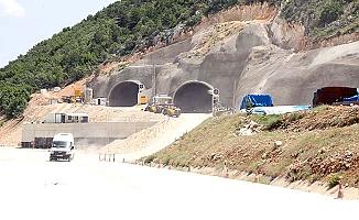 Kırkdilim'de tünelin birisi yıl sonu bitiyor