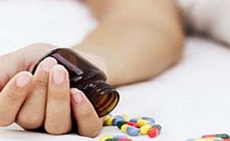 Genç kadın çok sayıda ilaç içti