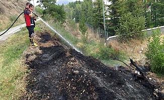 Okul önünde yangın