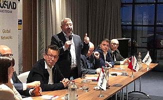 Türk işadamları ile birebir görüşme
