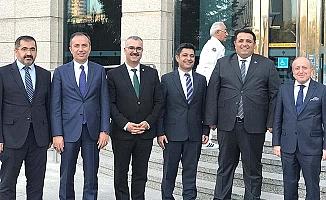 AK Parti'de eski ve yeni il başkanları buluştu