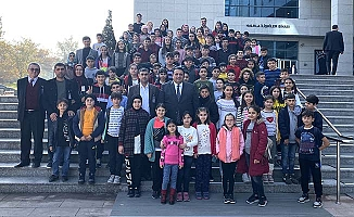Dünya Çocuk Günü'nde çocukları ağırladı