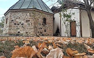 Koyunbaba Türbesi'nde sonbahar