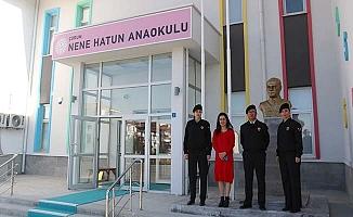 Nene Hatun'a Atatürk Büstü