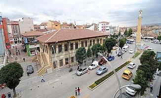 Kent merkezi nüfusu arttı, ilçeler azaldı