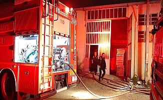 Aşağı Sanayi'de yangın