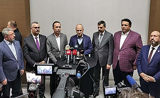 Bakan'dan gazetecilere açıklama