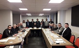 CHP'ye yerel yönetim dersi