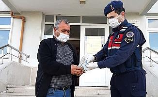 Jandarma son anda dolandırıcılığı önledi