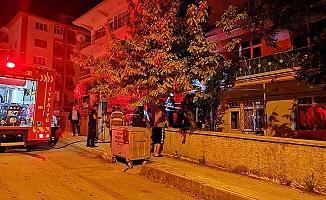 Karşıyaka'da sabaha karşı yangın