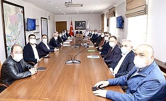 Vali'nin başkanlığında toplandılar