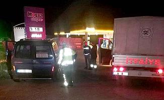 Bariyerlere çarptı, sürücü yaralandı
