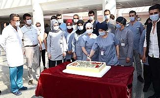 Bir teşekkür de klinik destek personeline