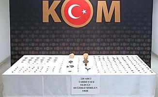 Bizans dönemine ait 244 tarihi eser ele geçirildi