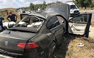 Bakan'ın koruma ekibi kaza yaptı