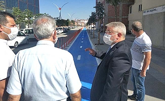 Yeni caddeye bisiklet yolu