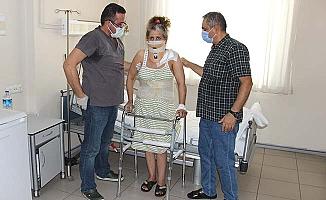 Ameliyattan 3 gün sonra ayağa kalktı