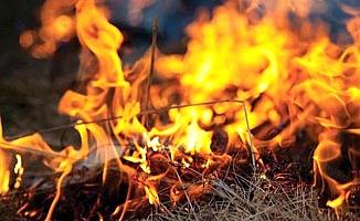 Apartmanların arasında yangın