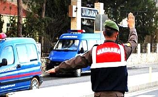 Jandarma kayıp şahsı arıyor
