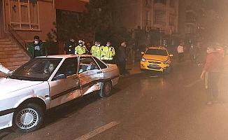 Ata Caddesi'nde kaza, LPG tankı yola fırladı