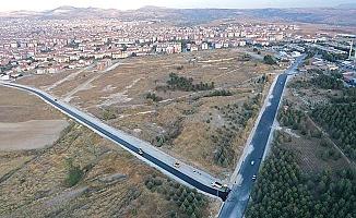 Sanayi'ye 3. bağlantı yoluna asfalt