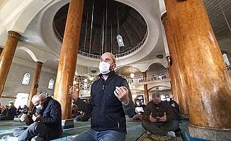 Camilerde yağmur duası