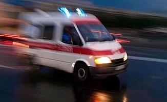 Polisler kazada yaralandı