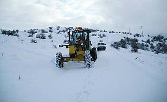 Çorum'da 220 köy yolu kapandı