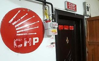 CHP binası boyandı, 1 gözaltı