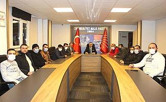 Ekmekçioğlu işçileri CHP'de açlık grevi başlattı