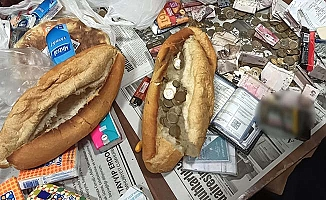 Dilenciler pes dedirtti, ekmek arasından çıktı