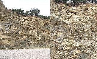 Dikkat! Bu yola kaya düşebilir