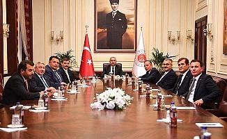 Adalet Bakanı Gül'e ek bina teşekkürü